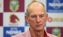 BRISBANE, AUSTRALIA - MARCH 05:  Broncos coach Wayne Bennett speaks to media after losing the round one NRL match between the Brisbane Broncos and the South Sydney Rabbitohs at Suncorp Stadium on March 5, 2015 in Brisbane, Australia.  (Photo by Chris Hyde/Getty Images)